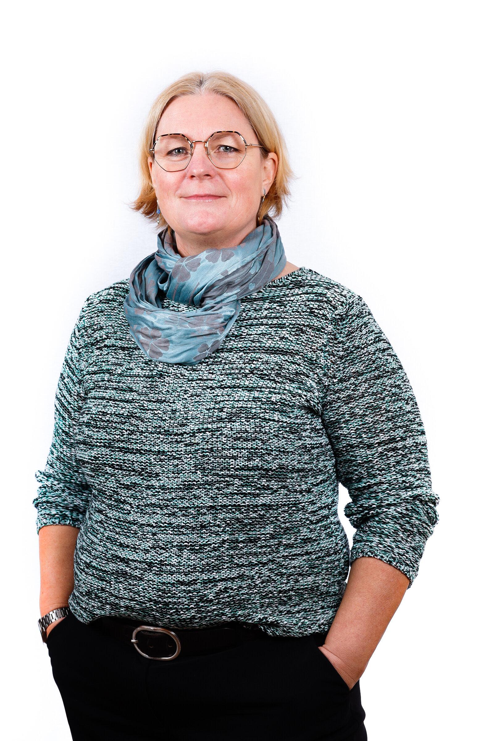 Annette Stierig