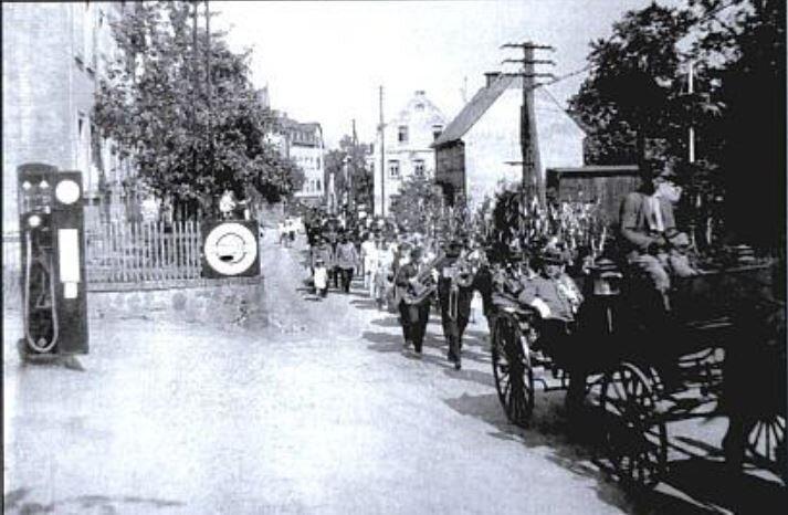 Festumzug zum Schul- und Heimatfest 1937