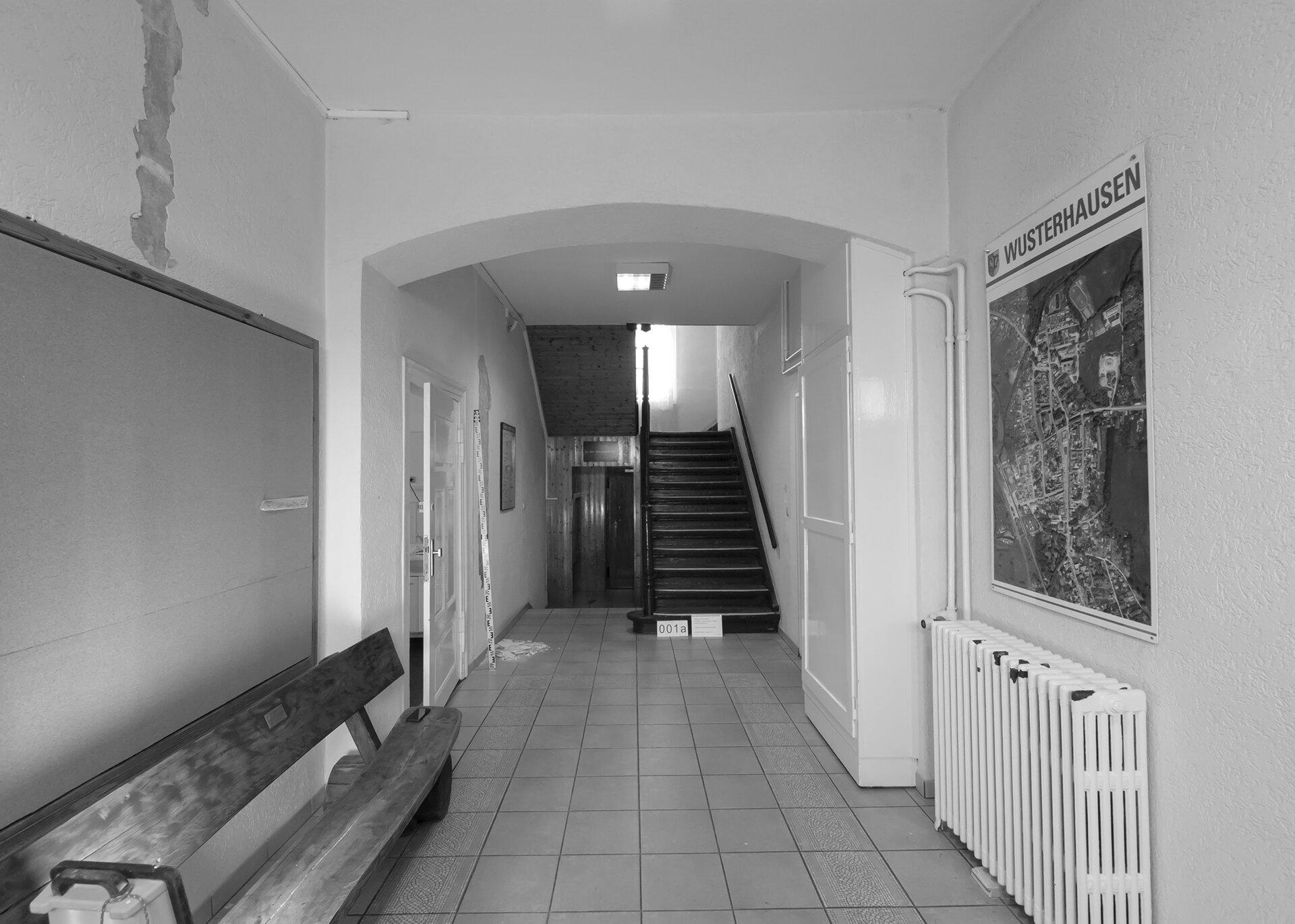 Eingang vor Sanierung Foto: gemeinde Wusterhausen/Dosse
