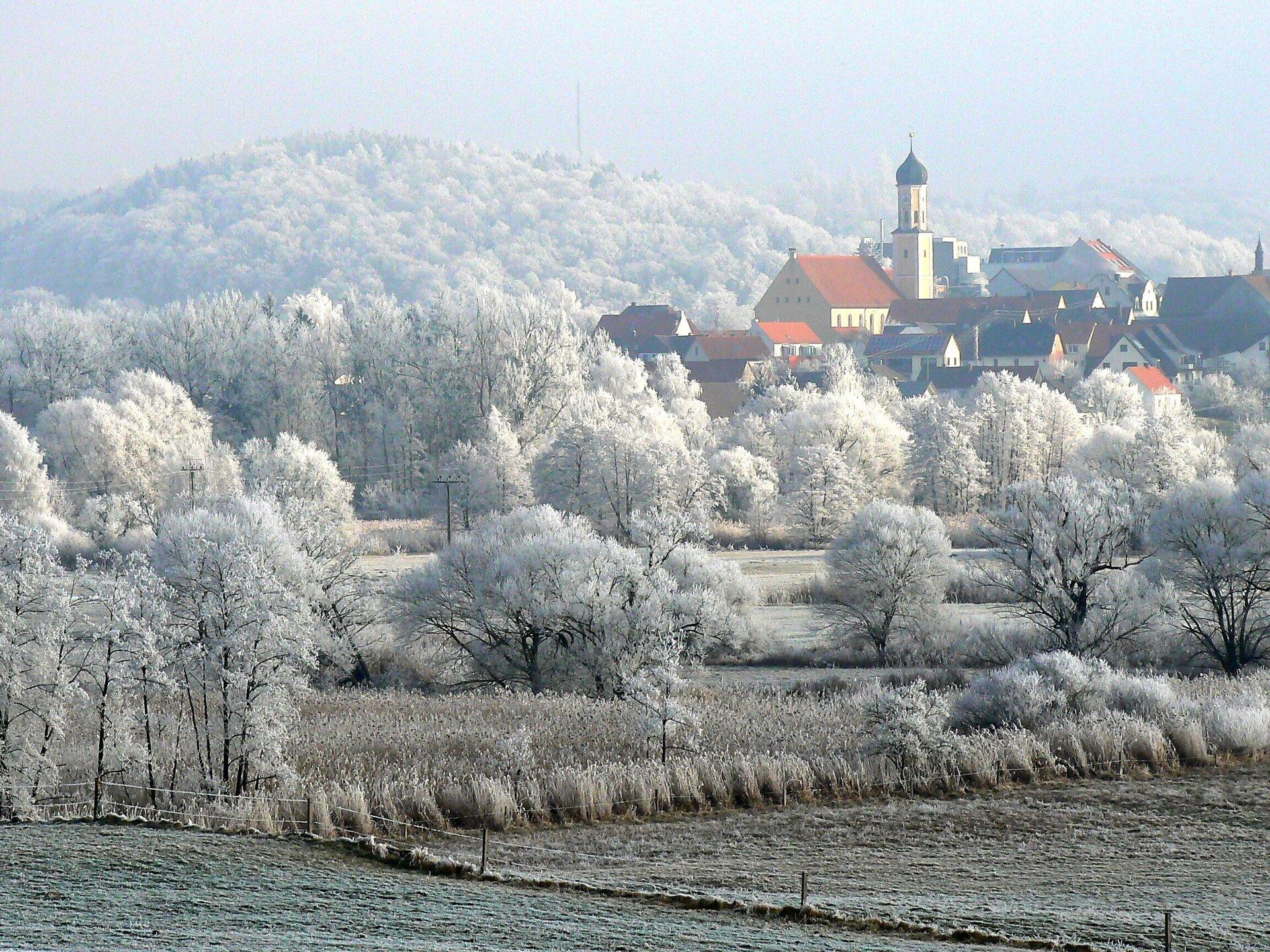 Zusmarshausen, im Winter 2020; Foto: Max Trometer