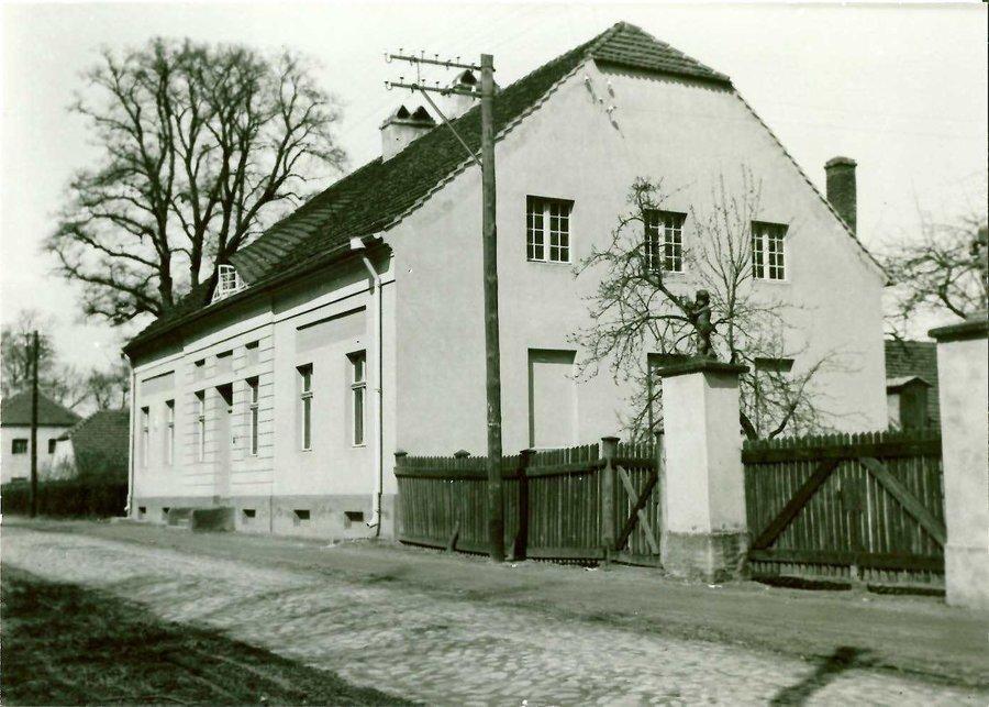 ehem. Gasthof ca. 1995, heute Fam. Stich