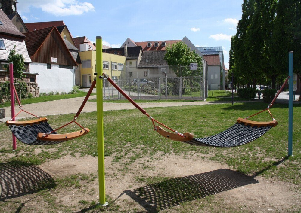 Jugendhaus - Vorplatz