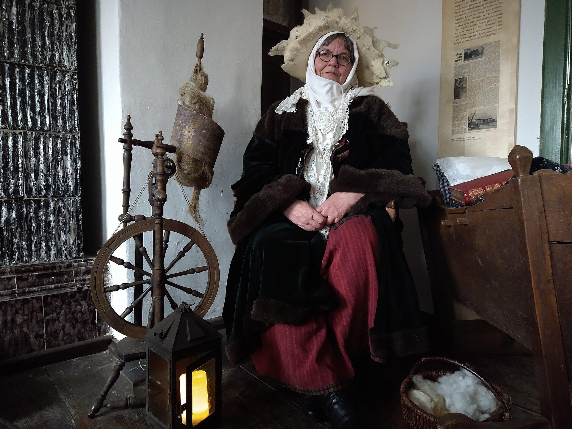 Frau Holle: Knubbelkrud Renate Groenewegen