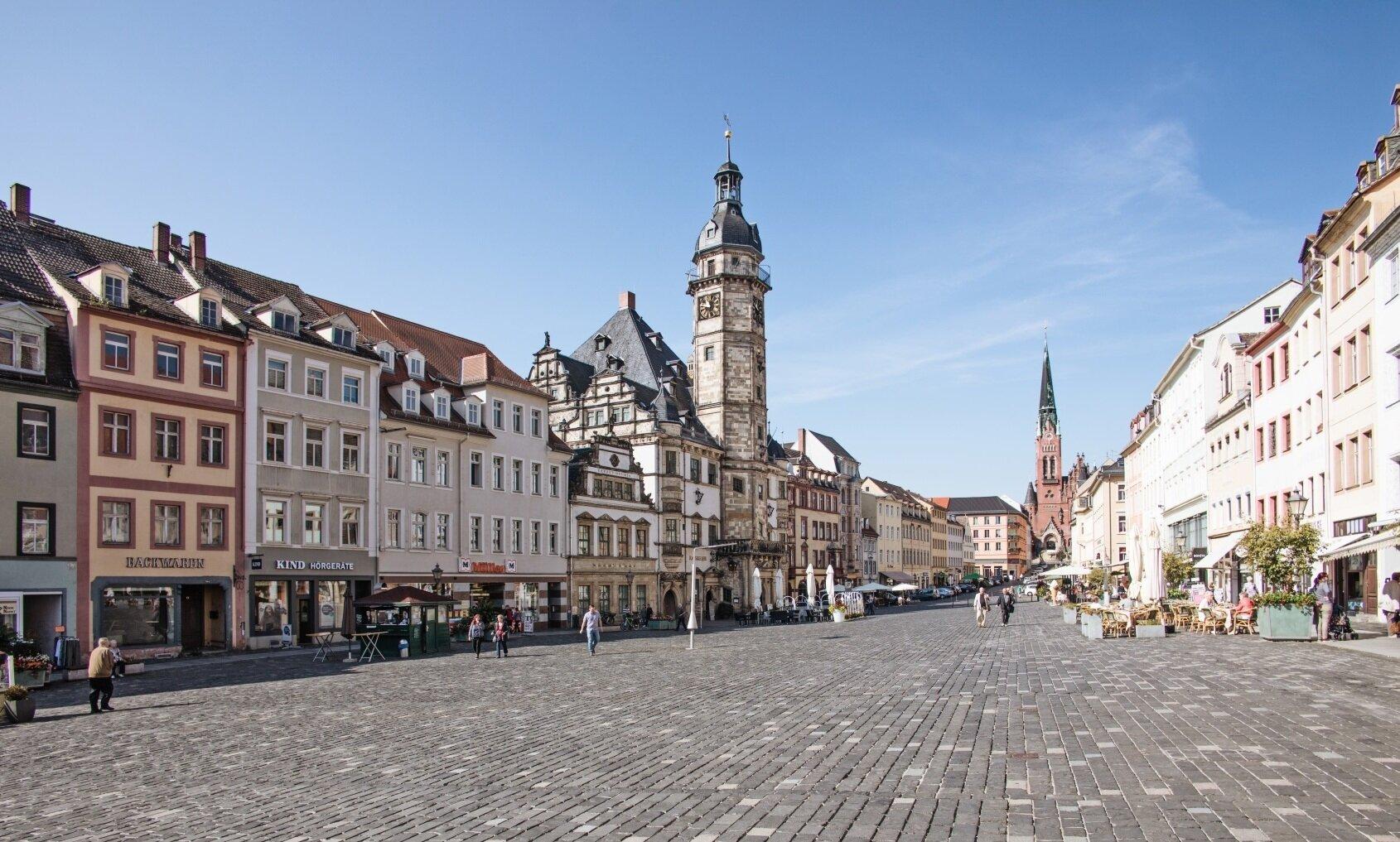 Rathaus mit Markt