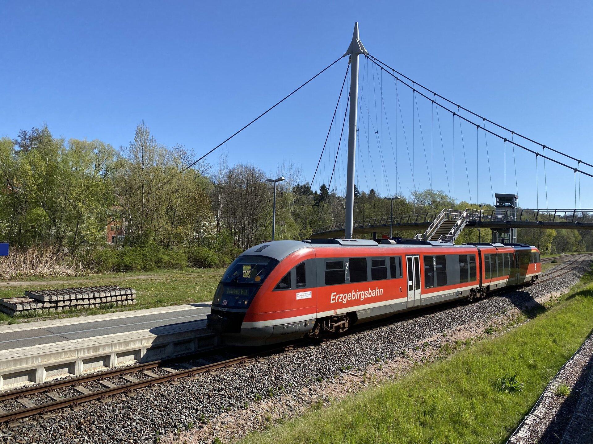 Bahnhaltepunkt mit Erzgebirgsbahn (c) Stadtverwaltung
