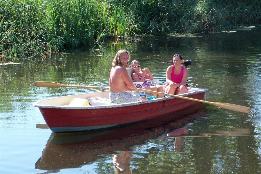 """Ruderboot """"Anka"""" auf der Recknitz - Marlowr Kanu-& Bootsverleih"""