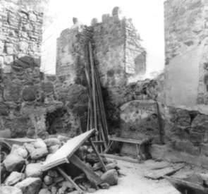 Ruine Kirche 1990