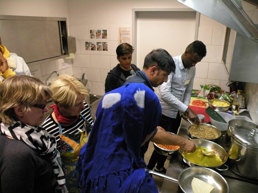 Menschen kochen