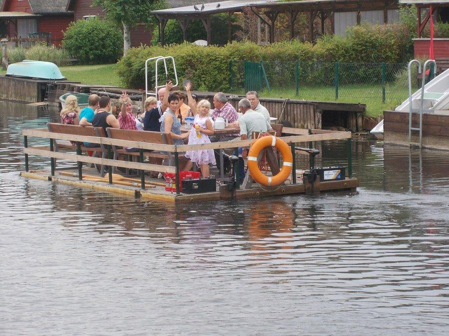 geführt Floßfahrt auf der Recknitz - Marlower Kanu-& Bootsverleih