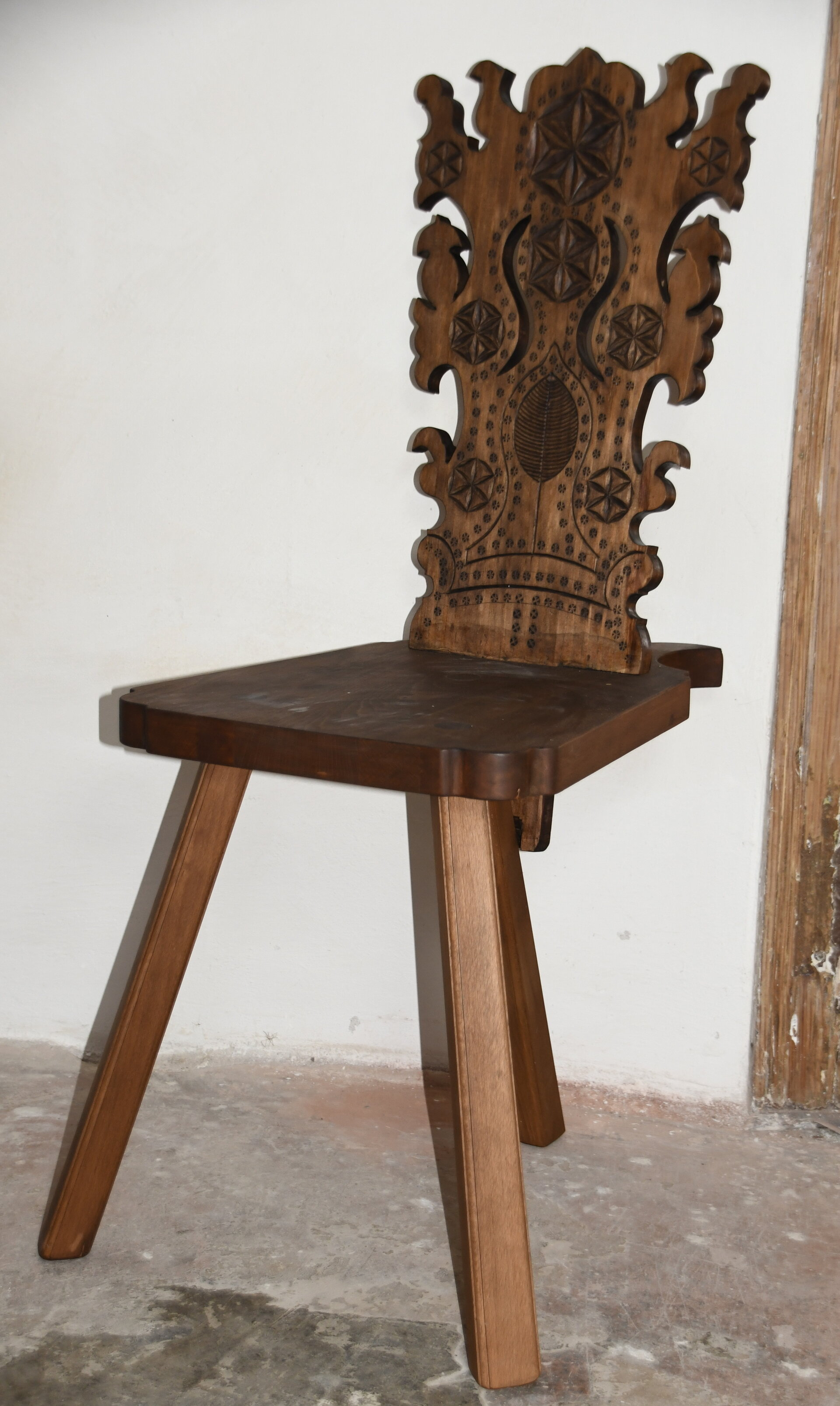 italienischer Stuhl mit Kephschnitt