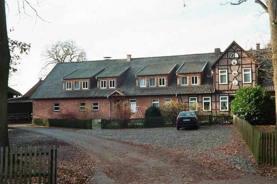 Gesamtansicht des Wohnwirtschaftsgebäudes