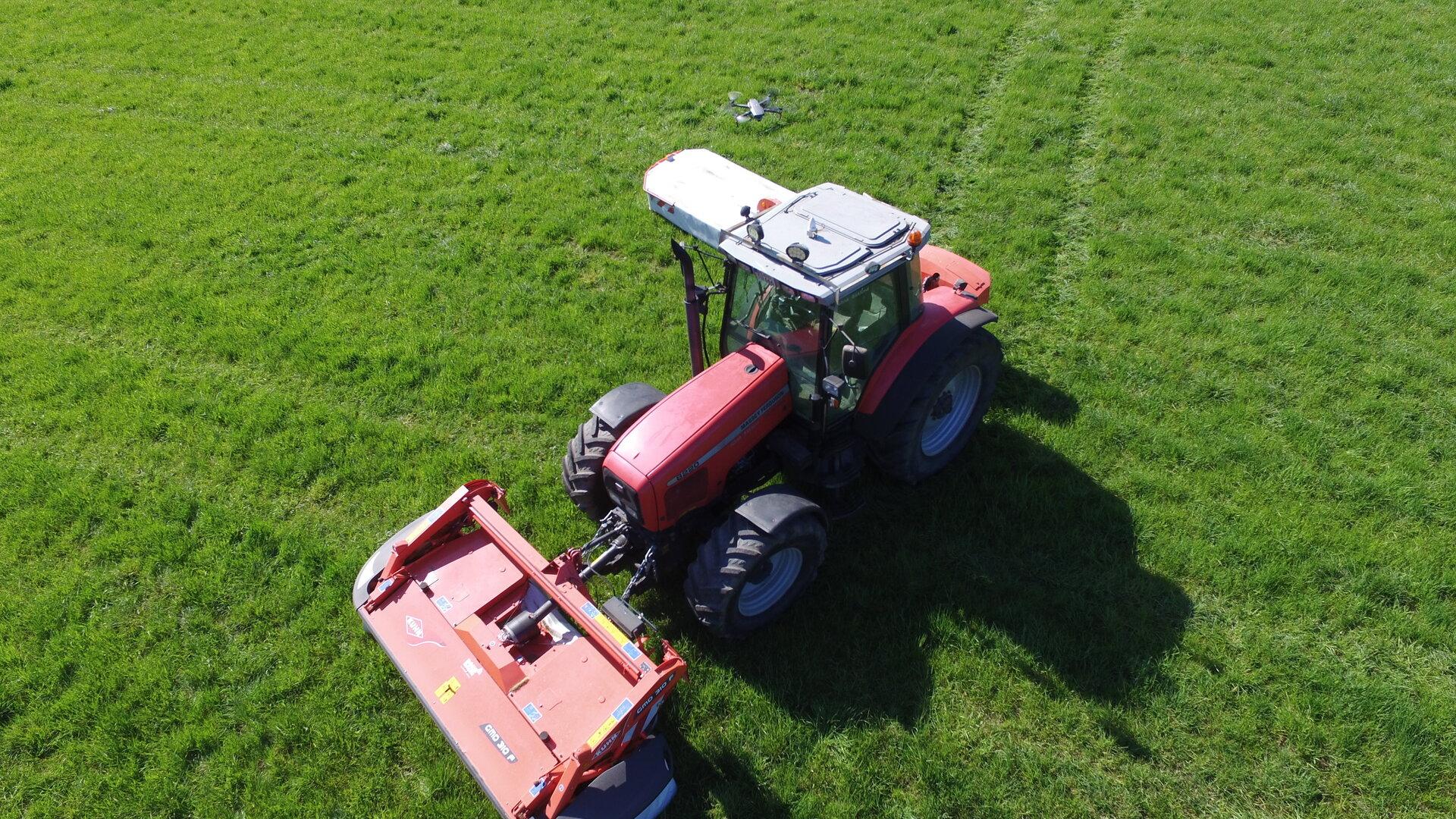 Luftaufnahme Traktor