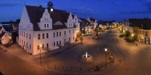 Rathaus und Markt Kirchhain