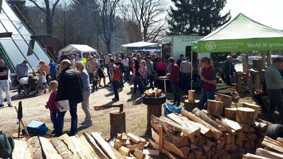 Waldmarkt zur Saisoneröffnung