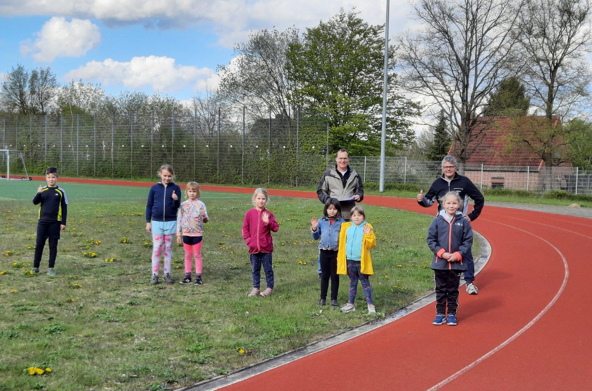 Abnehmer Arwin Naumann + Jürgen Hoffmann mit Kids