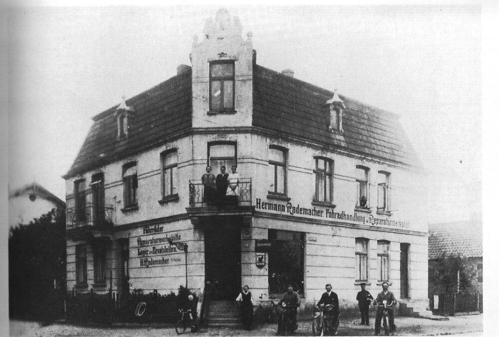 Lutherallee 1 - Ecke Mittelweg ca.1925