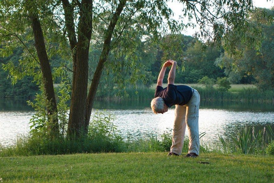 yoga-1434787_960_720