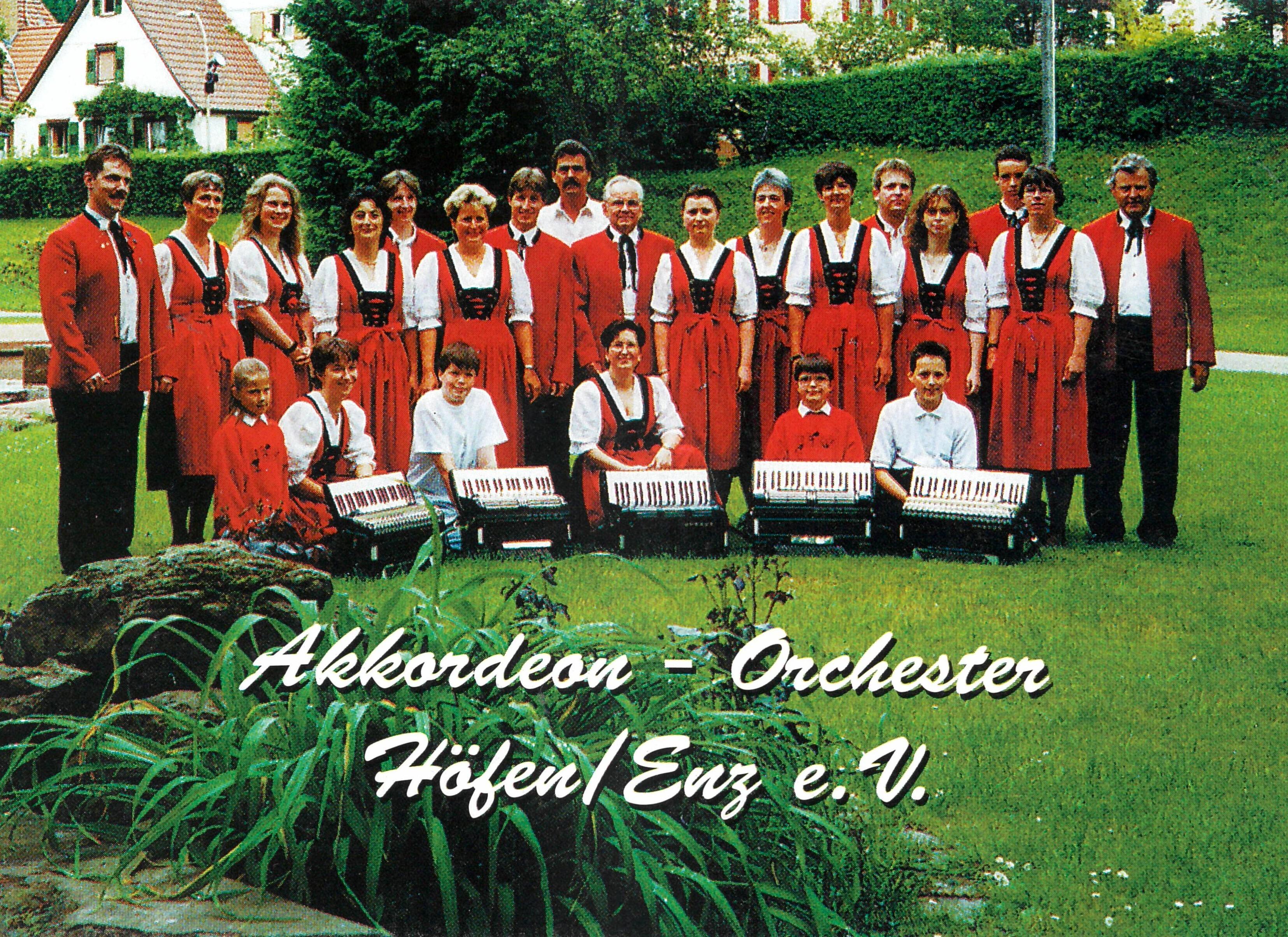 Dirigent Matthias Keller (links)