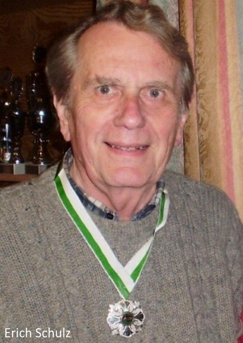 2013 Erich Schulz