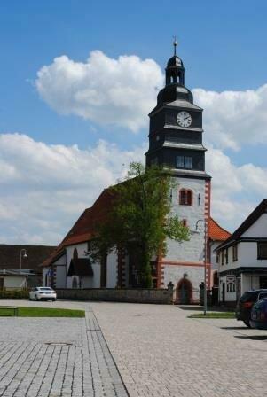 Marienkirche Glockenturm mit Uhr