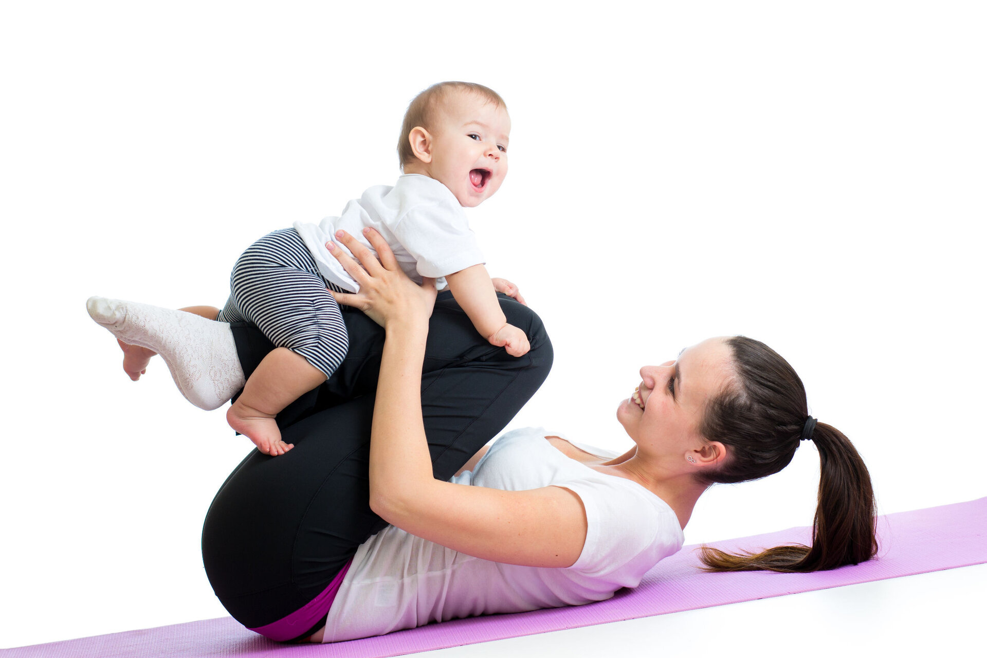 Mama und Baby beim Yoga