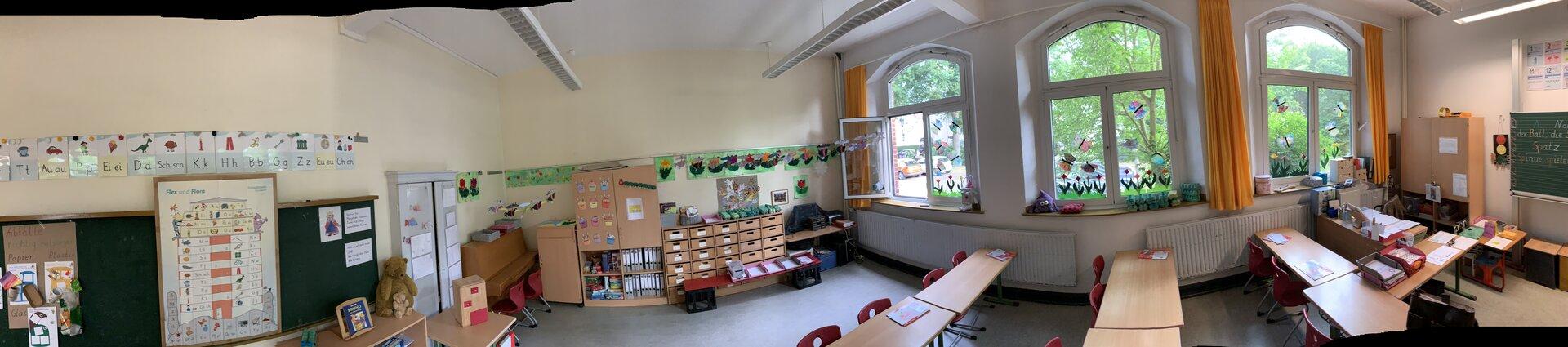 Der Raum einer 1. Klasse von hinten