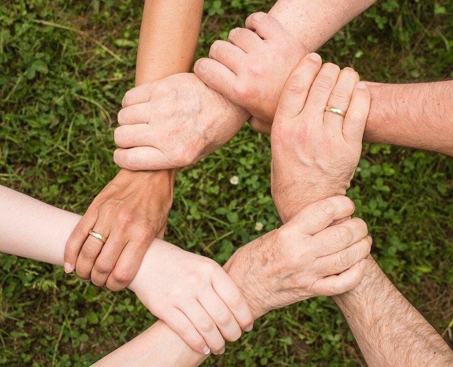 pixabay, teamspirit, Hände greifen ineinander