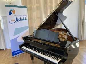 Das Klavier - bitte klicken!