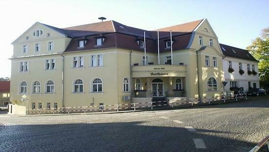 Rathaus_M_nchenbernsdorf