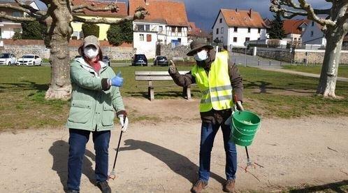 Maintal Aktiv - Freiwilligenagentur; Bild zeigt Freiwillige bei der Müllsammelaktion März 2021