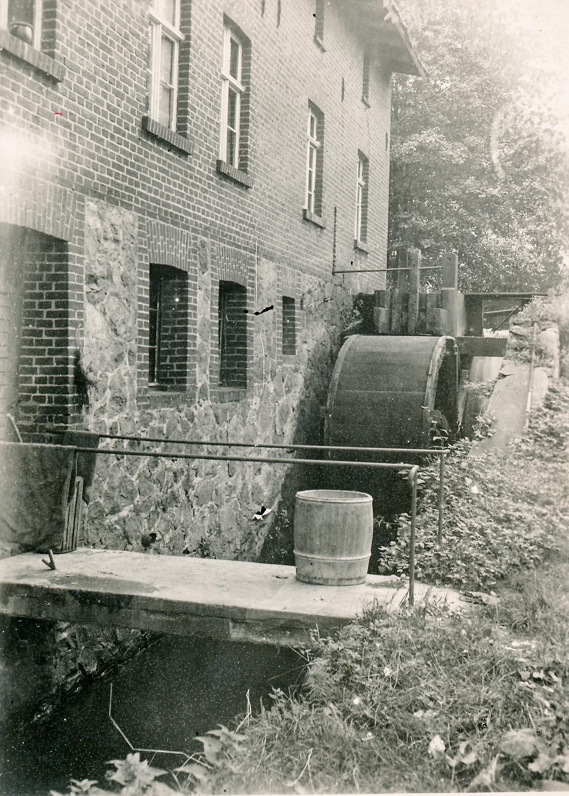 Wasserrad an der Mühle in Kemnitz, die bis 1969 in Betrieb war.