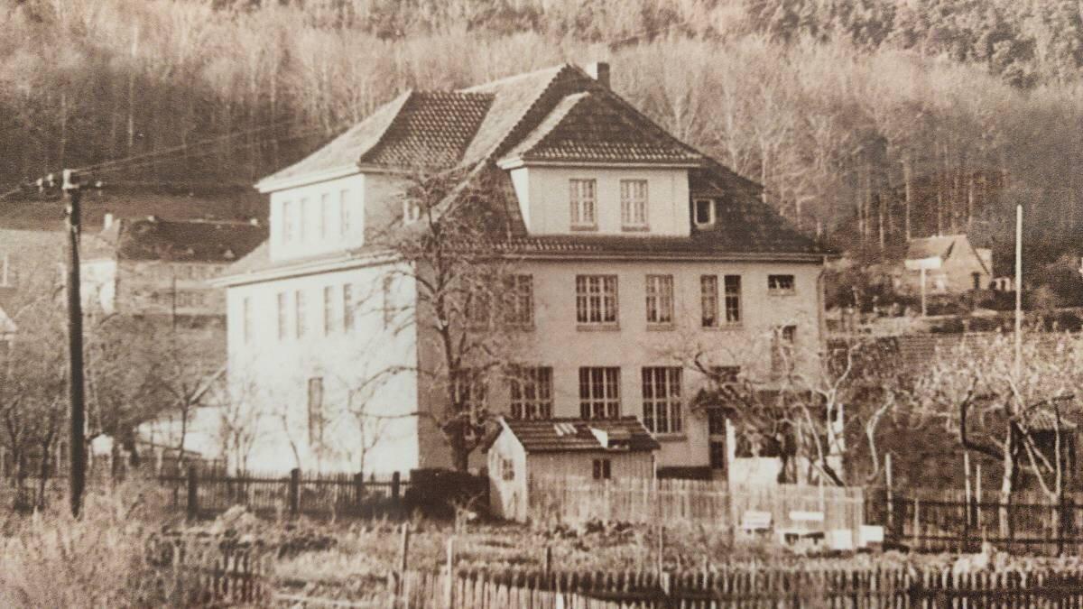 Historische Ansicht der ehemaligen Grundschule