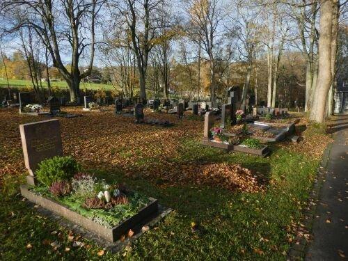 Friedhof Großbreitenbach Foto Ralf Grund