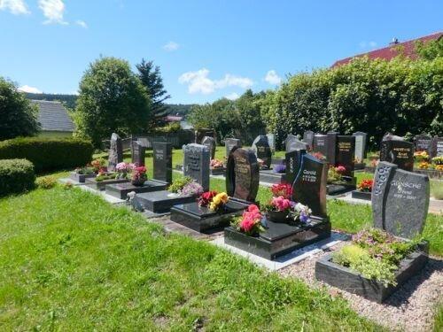 Friedhof Herschdorf Foto Ralf Grund