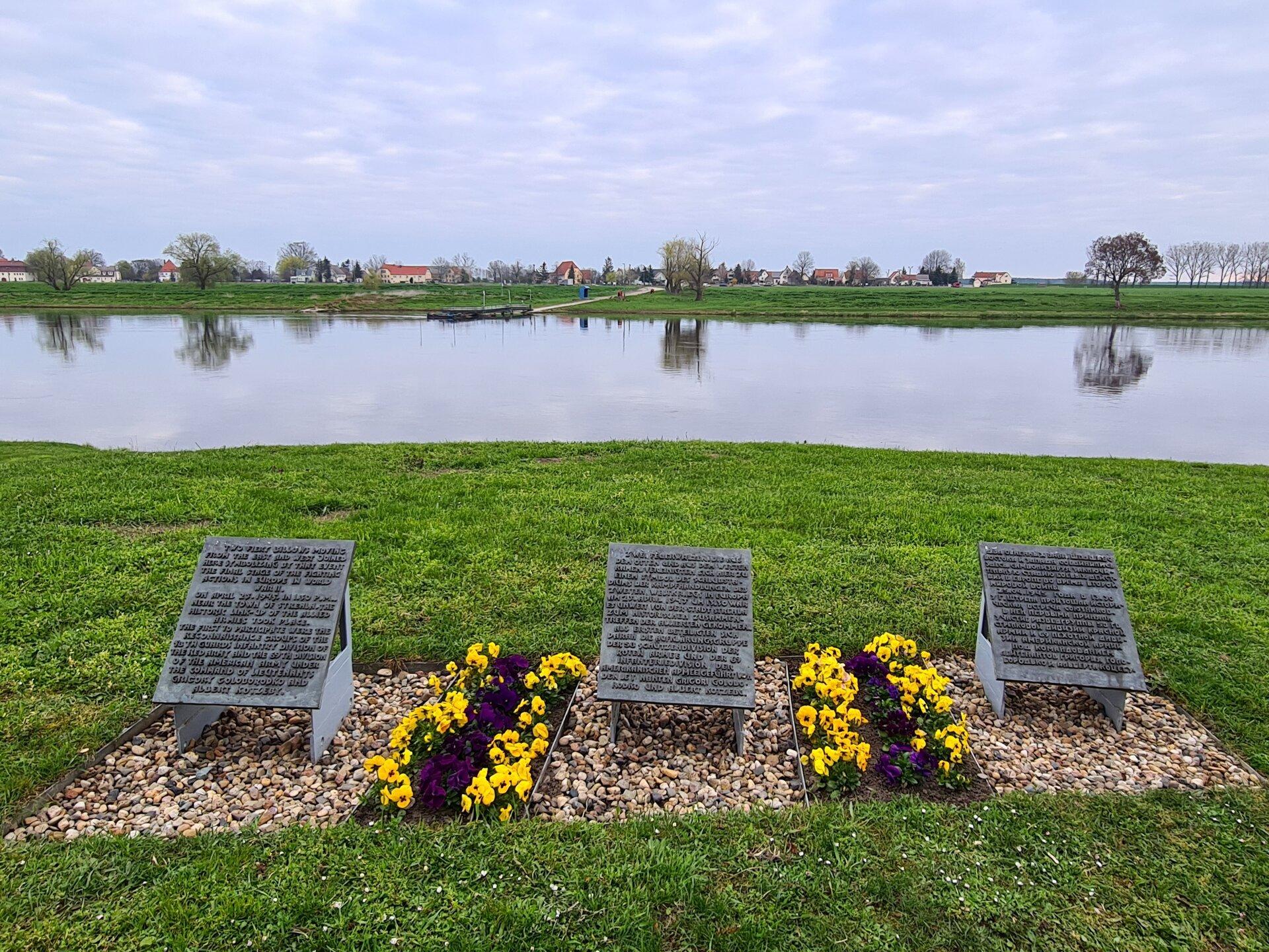 Denkmal der Begegnung
