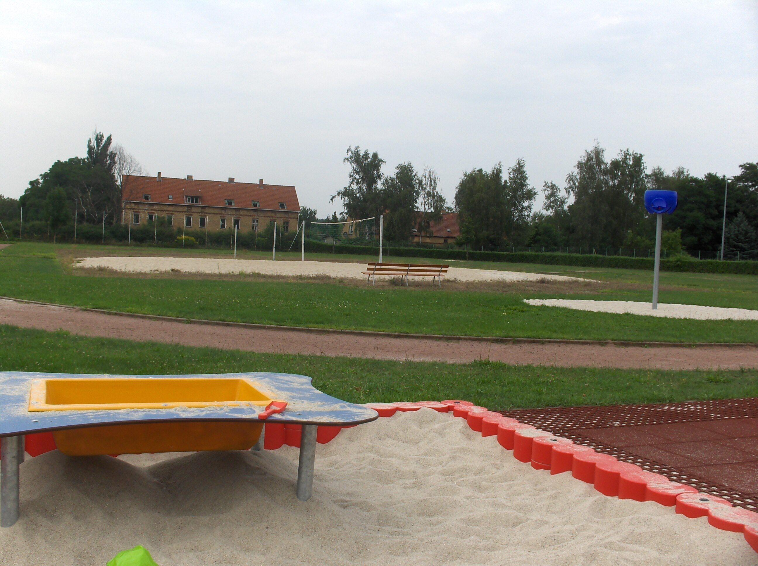 Spielplatz Tröbitz Sandkasten