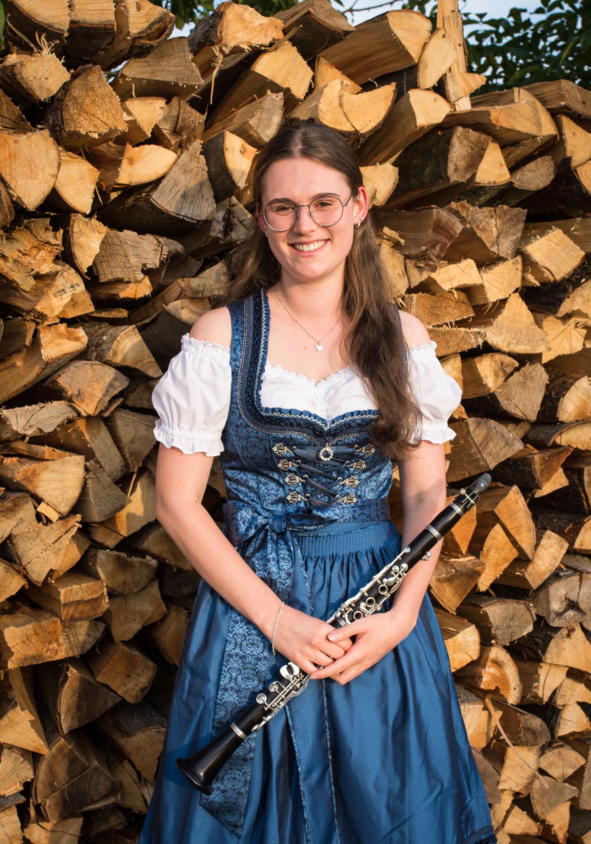 Lara Schickling