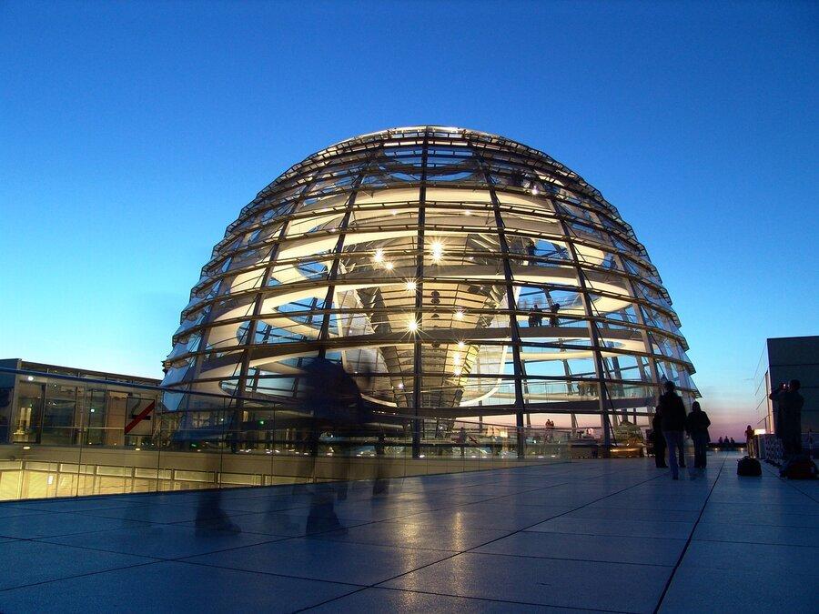 Scheiben-Fenster-Glaskuppel-Berlin-Reichstag