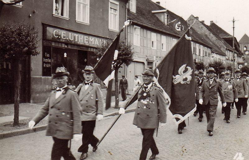Umzug durch Wusterhausen