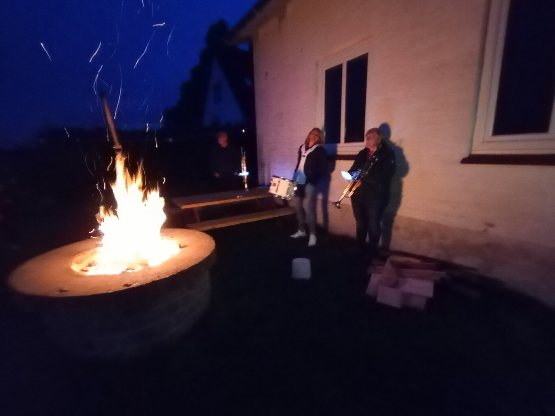 Musik am Lagerfeuer