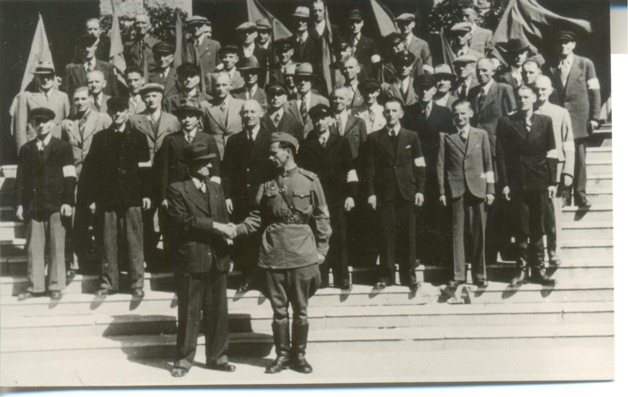 Wittenberger Stadtvertreter mit dem sowjetischen Stadtkommandanten Mironenko im September 1945 | Foto: Stadtmuseum Wittenberge