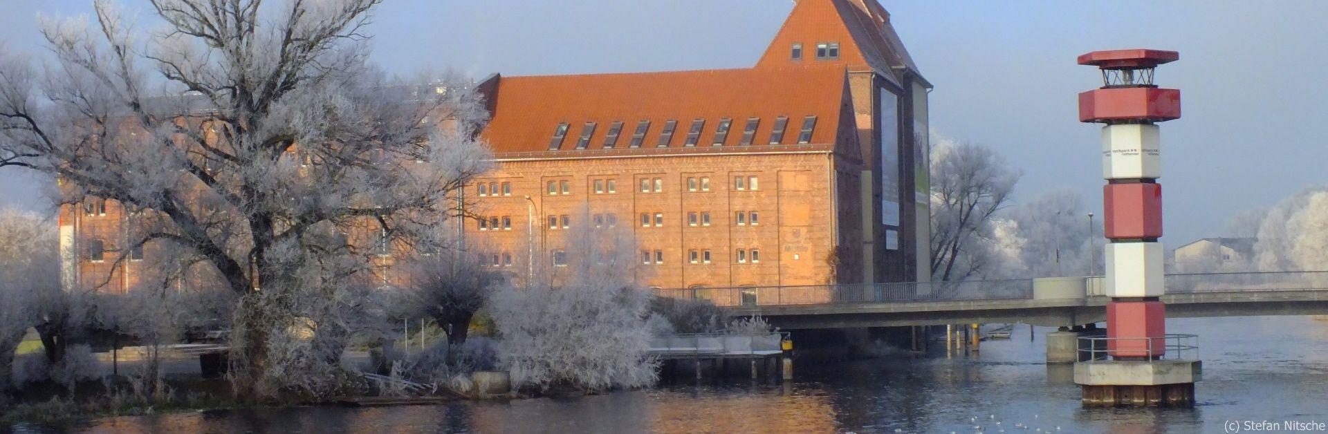 Leuchtturm im Winter (c) Stefan Nitsche