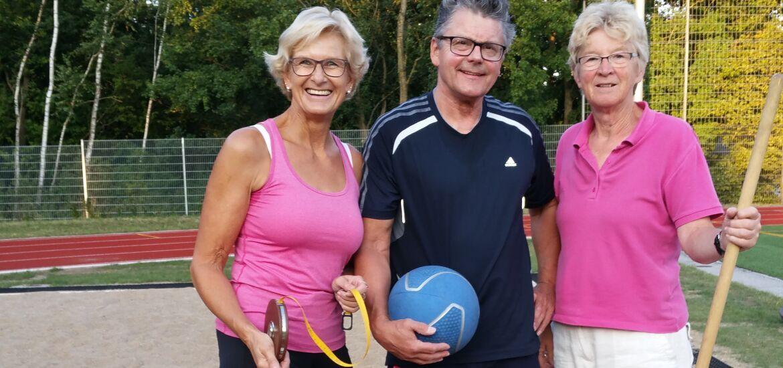 Sportabzeichenabnehmer Marion. Jürgen, Margret