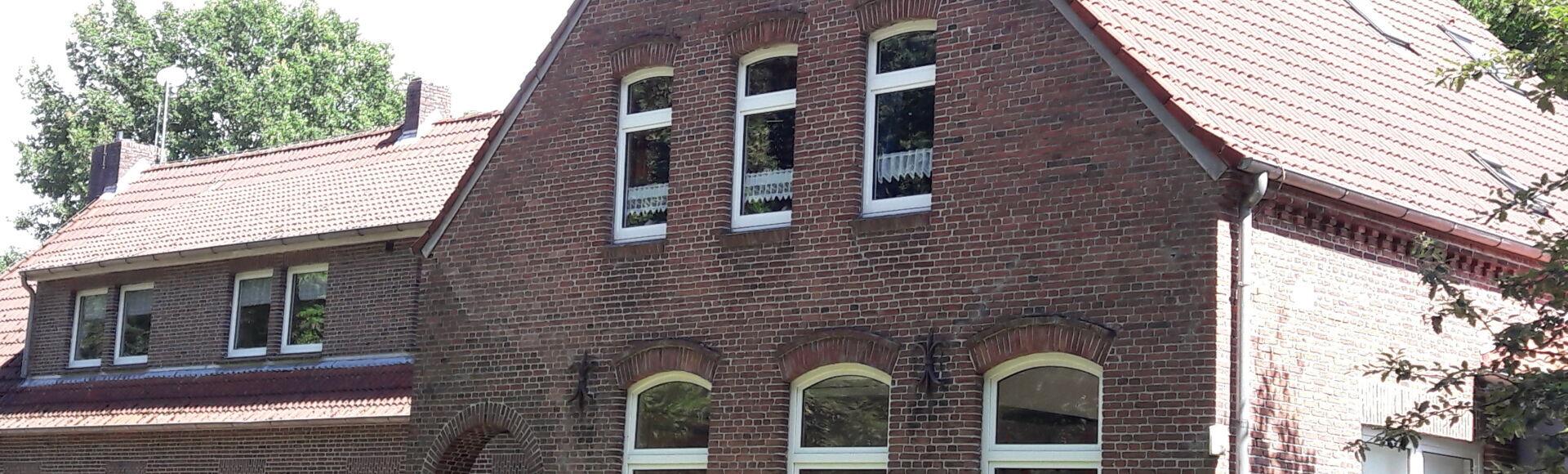 Ansicht eines Hauses in der Gemeinde Moorweg