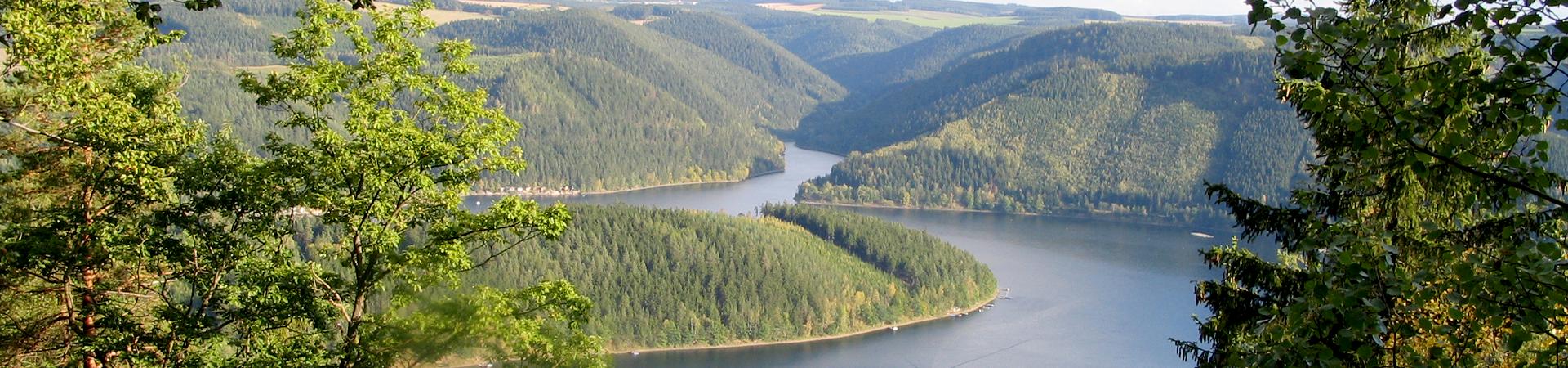 Blick auf Hohenwarte Stausee