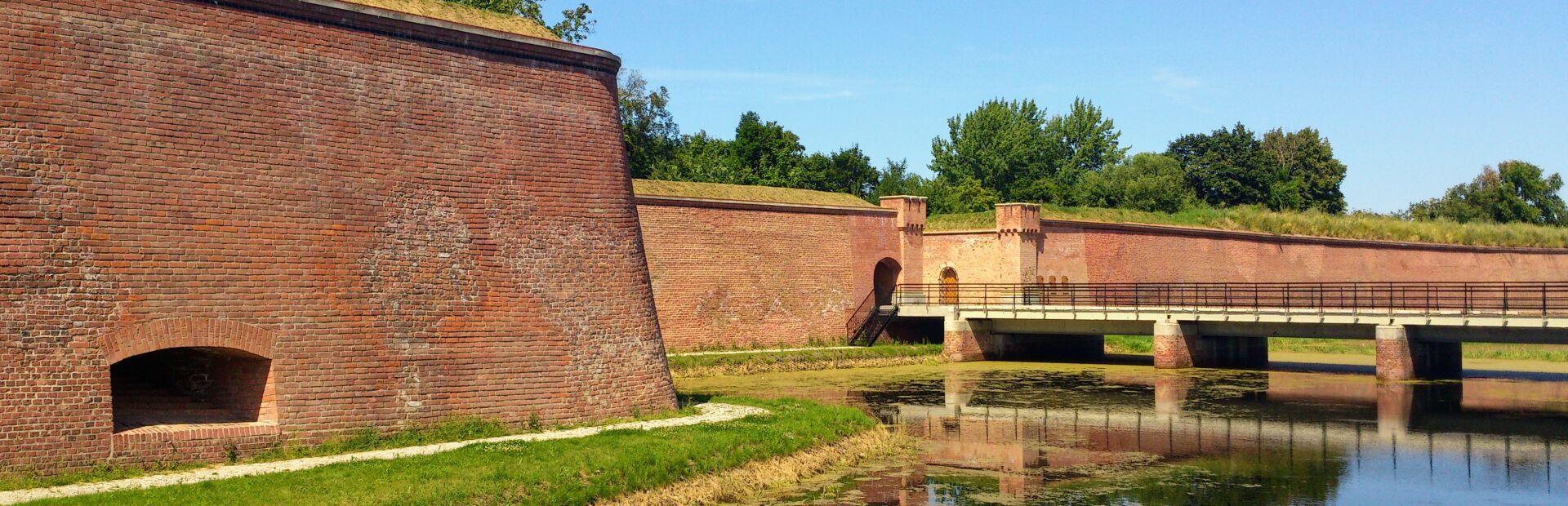 Das Kietzer Tor zur Festung Küstrin mit Bastion Filipp zur linken Seite