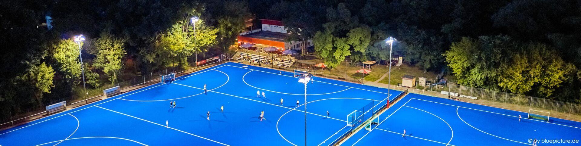 Hockeyplatz von oben bei der Hockeynacht 2020